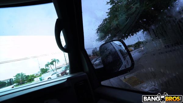 bb16201001.jpg