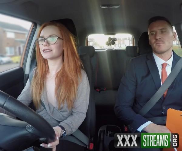 Ella Hughes - Cheeky redhead fails on purpose (2017/FakeDrivingSchool/1080p)