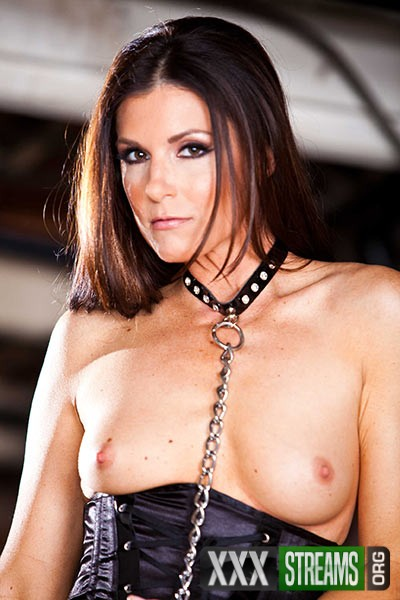 India Summer - Deep In The Bowels of India (RealWifeStories/Brazzers/SD)