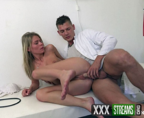 Claudia Macc - Doctor probes patients pussy with his cock for best test results (2017/HornyDoctor/1080p)
