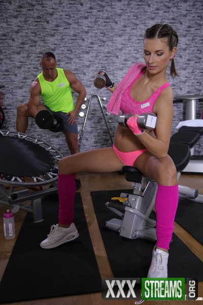 Jenifer Jane - Tight body Euro gym babe and hunk (2017/FitnessRooms/SD)