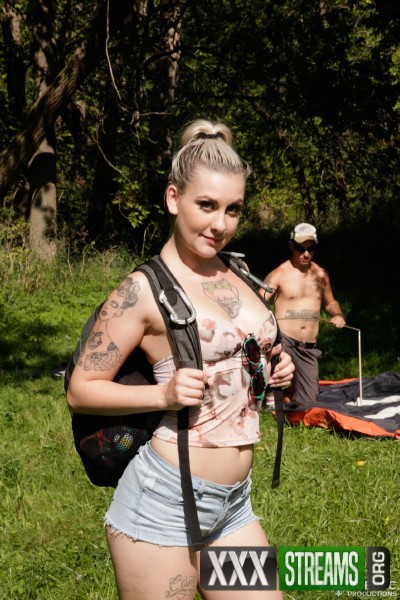 Violet Revolver, Nick Spank - Camping X-treme 3 (2017/QuebecProductions/1080p)