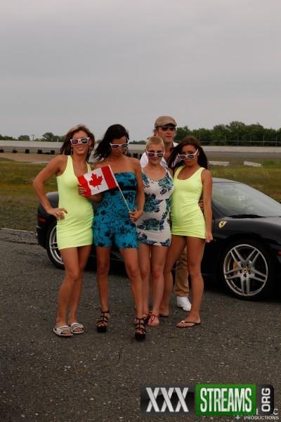 Amy Lee, Shana Lane, Amber Sparx, Roxy Lane, Jack - Course de Pitounes (2017/QuebecProductions/1080p)