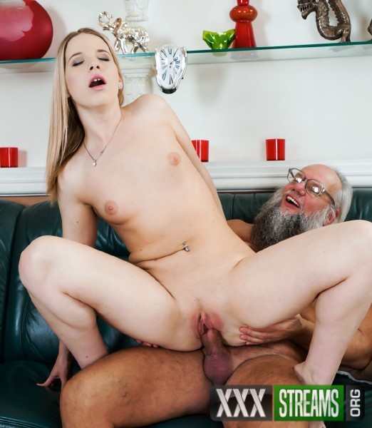 Kiara Night, Albert - Bang Me Grandpa (2017/GrandpasFuckTeens/21Sextury/HD)