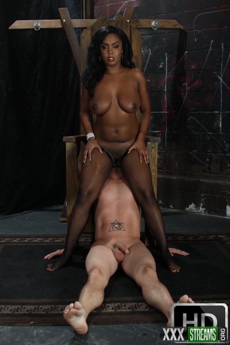 Layton Benton - When Porn Stars Attack! 4, Scene 2 (EvilAngel)