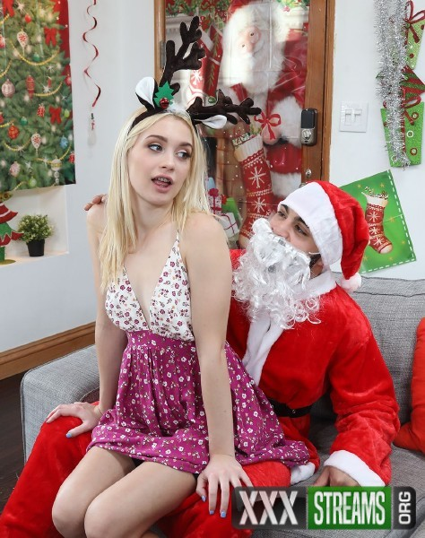 Anastasia Knight - Blonde And The Naughty Santa Christmas Special (BangBros18/BangBros/2017/SD)
