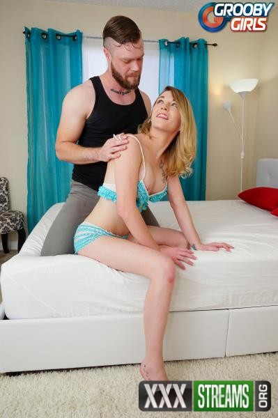 Candy Marie - Candy Marie and Mike Panic Fuck Hard (2017/GroobyGirls/HD)