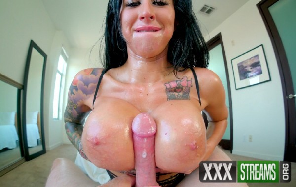 Lily Lane - Oiled Up Throat Titty Fuck (2017/ManyVids/1080p)