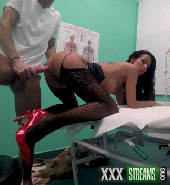 Valentina Sierra - Sexy fur clad patient wants fucking (FakeHospital/FakeHub/2018/SD)