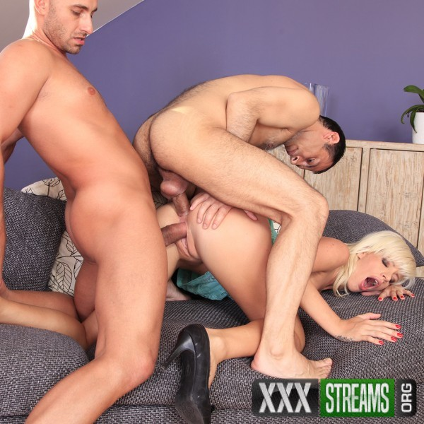 Bella - A blonde slut and two dicks (CzechAnalSex/PornCZ/SD)