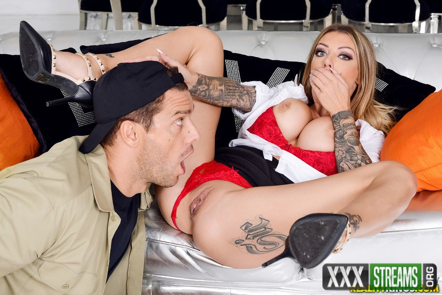 Karma RX - Those Are Not Mine (2018/SneakySex/RealityKings/HD)