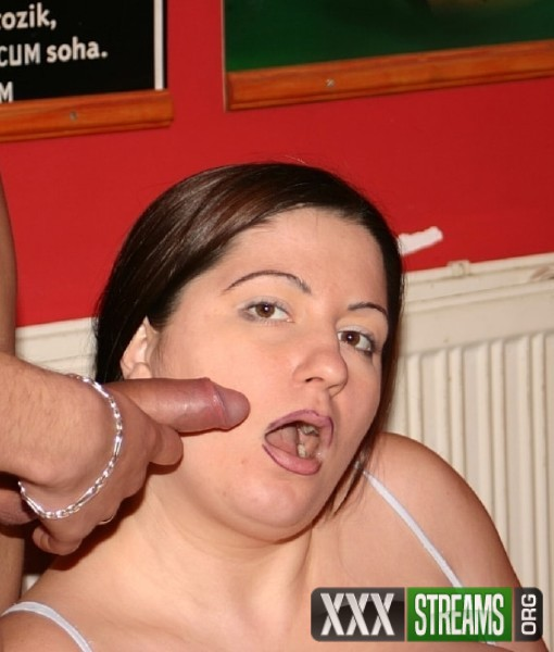 ZsuZsa - Big tits amateur Bbw loves sex (2018/TuttiFrutti.club/SD)