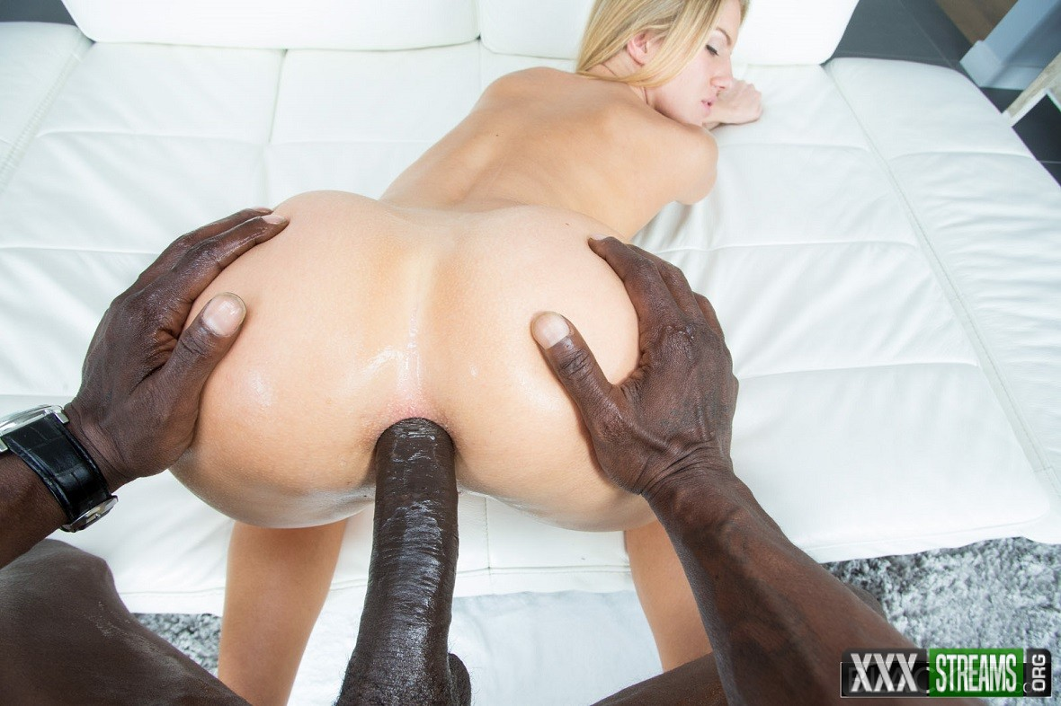 Candice Dare - Amateur Blonde Ass Fucked by Huge Black Cock (Blacked.com)