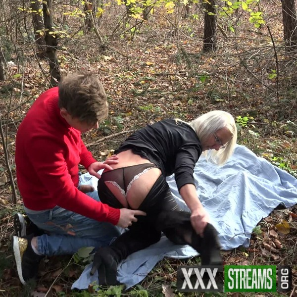 Luci Angel - Luci Angel fucked in the woods (2018/GirlsTakeaway.com/PornCZ.com/SD)