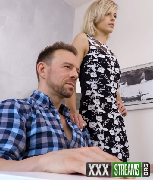 Ria Sunn - Prettiest anal whore on the eastern block (2018/Analized.com/SD)