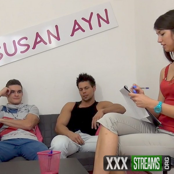Susan Ayn - Agent Susan gets fucked well by two guys (2016/SusanAyn.com/PornCZ.com/SD)