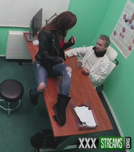 Amirah Adara – Sexy ass patient swallows cum (FakeHospital.com/FakeHub.com/2018/HD)