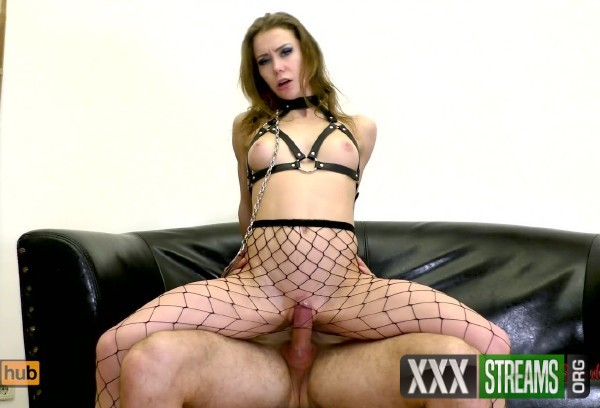 Mia Bandini - Submissive anal slut gets ass to mouth fucked on a leash (2018/PornHubPremium.com/FullHD)