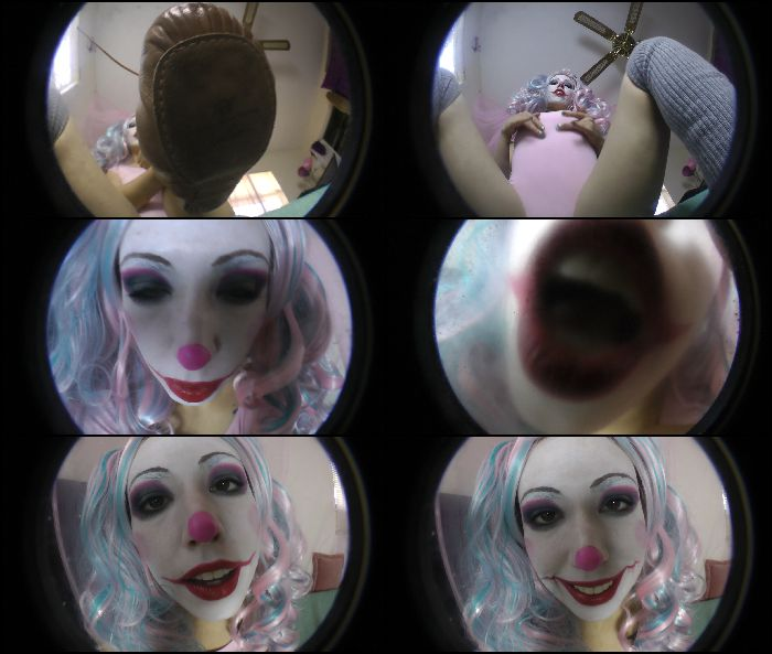 Kitzi Klown - Giantess Play Mouth And Feet Preview