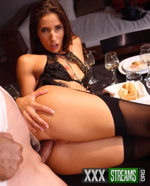 Clea Gaultier - A submissive for dinner (DorcelClub.com/2018/HD)