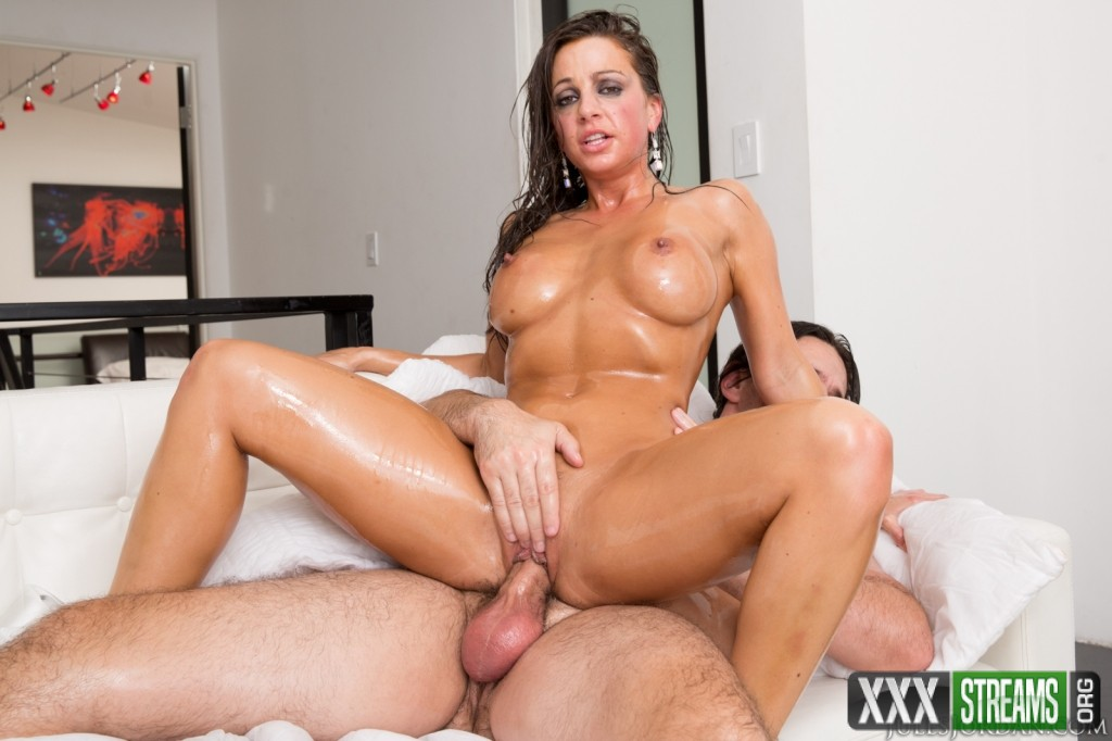 Abigail Mac Gets Oiled Up For A Fat Cock (JulesJordan)