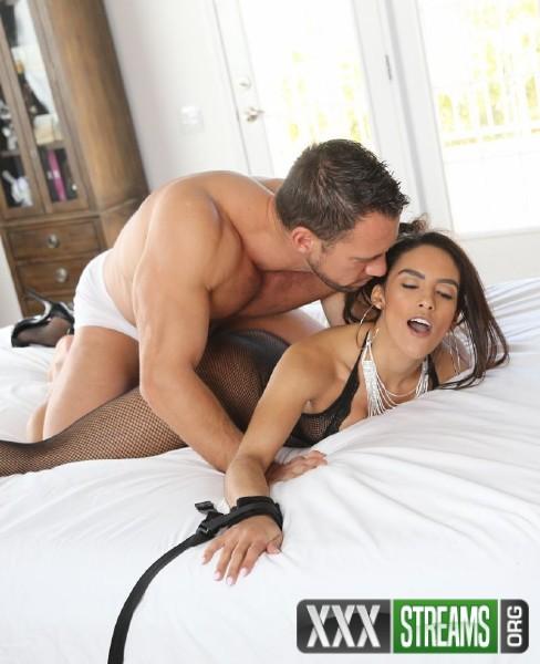 Adrian Hush - Bound Latina (2018/Exotic4k.com/HD)