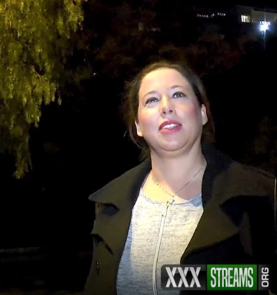 Jenyfer - Jenyfer, 35ans, des lascars et des voyeurs (2018/JacquieEtMichelTV.net/FullHD)