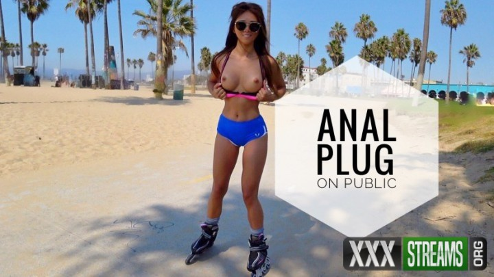 anal-plug-and-cum-on-public-venice-beach-image-1e547a7dcf0daace6.jpg