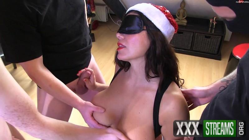 Hot-Kinky-Me - Die Extrem geilste Weihnachtsfeier aller Zeiten Teil 1 (MyDirtyHobby)