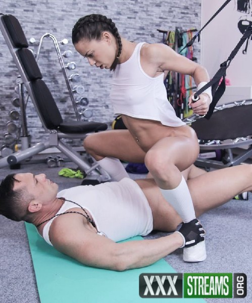 Cassie Del Isla - French trainers intense sex workout (2018/FitnessRooms.com/HD)