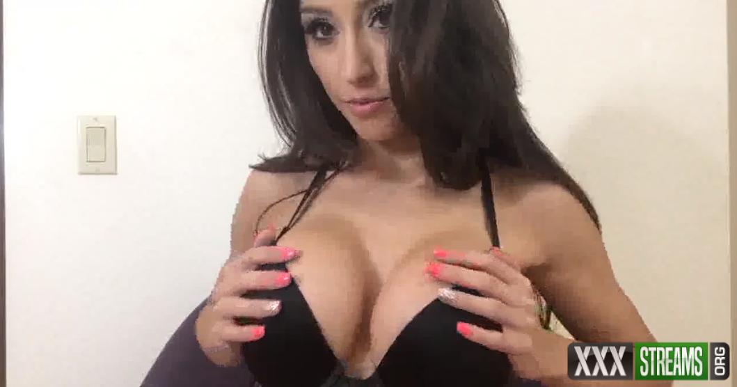 Reya Sunshine – Titty Fetish (manyvids.com)