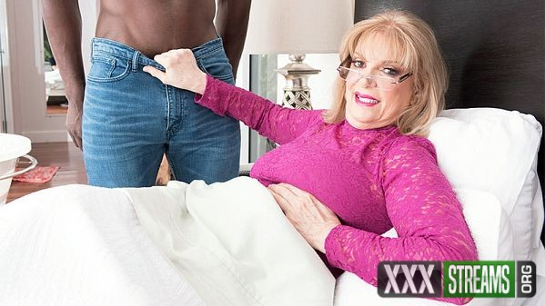 Crystal King – Private time with Crystal and a BBC (2018/60PlusMilfs.com/PornMegaLoad.com/480p)