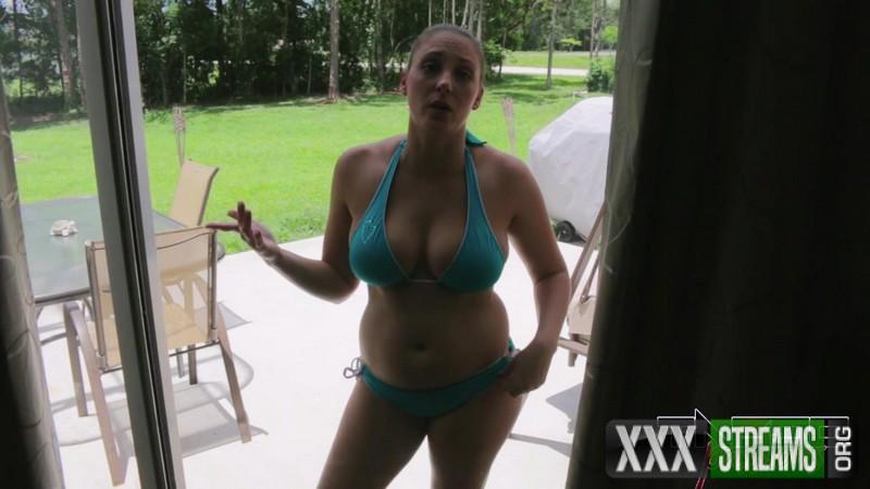 Melanie Hicks – Summer With My Slutty Sister (TabooPassions.com)