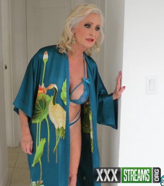 Leah LAmour – Leah LAmour does it again! (2018/60PlusMilfs.com/PornMegaLoad.com/480p)