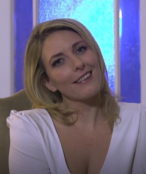 Emma – Sejour parisien hot pour Emma (2018/JacquieEtMichelTV.net/FullHD)