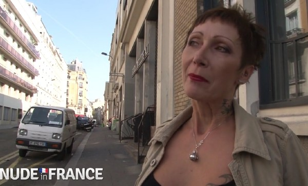 Catalya - Middle aged slut hits the streets in search of cock (2018/NudeinFrance.com/HD)
