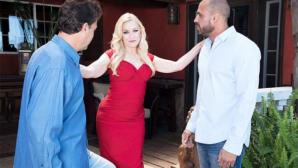 Robin Pachino  –  Robin Pachino gets DPd by her new neigh. (2018/60PlusMilfs.com/PornMegaLoad.com/FullHD)