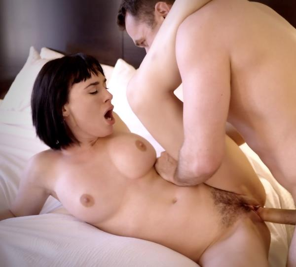 Olive Glass – Experience All of Her (PornFidelity.com/2018/SD)