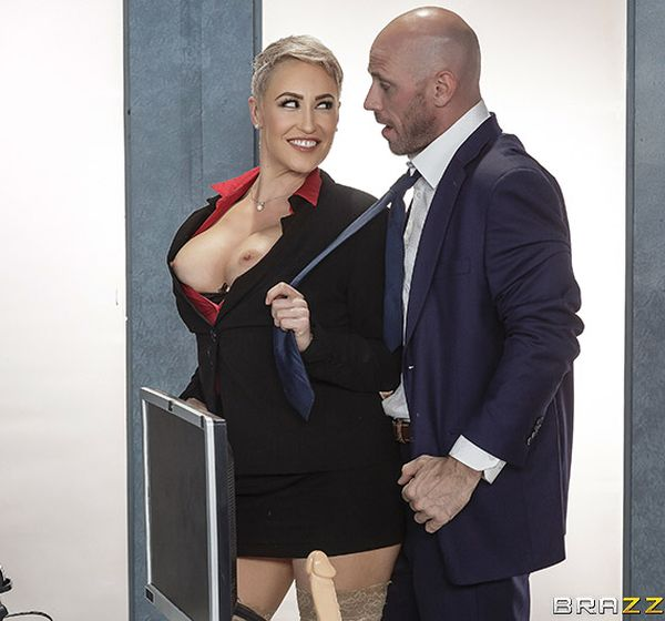 Ryan Keely – Product Placement In Her Pussy (2018/BigTitsAtWork.com/Brazzers.com/SD)