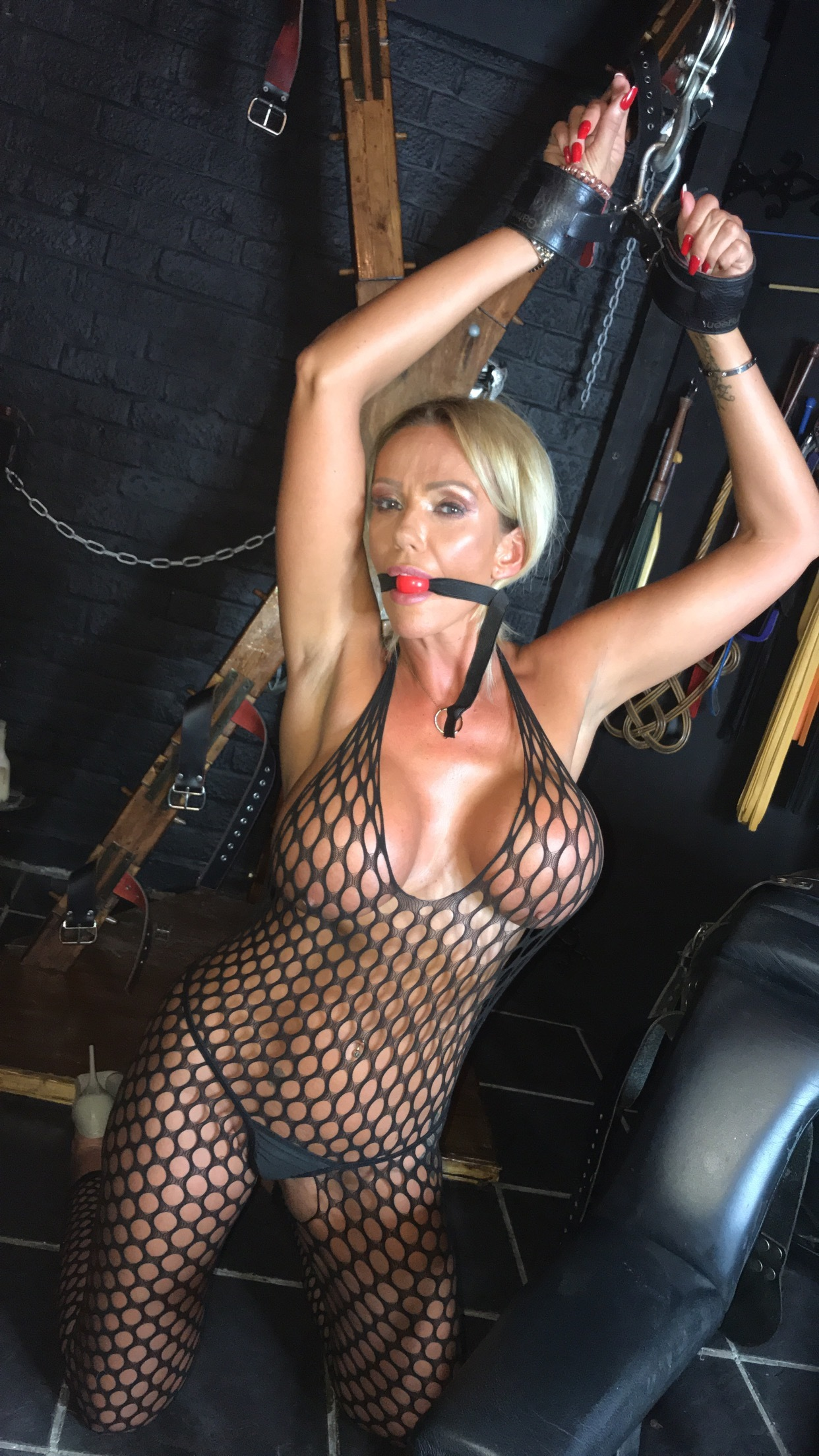 Lucy Zara - onlyfans.com - Siterip - Ubiqfile
