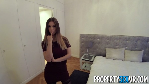 Stella Cox – Close and Personal (2018/PropertySexVR.com/FullHD)