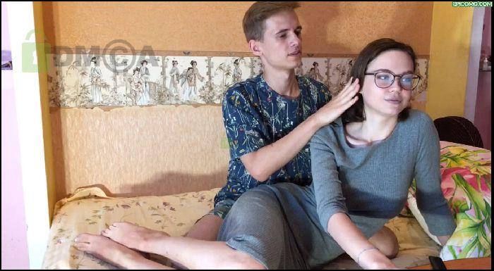Ukrainian teenage couple Alex and Alice Preview