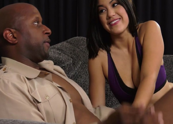 Amateur – Barely Legal 158 My First Black Cock (2018/BarelyLegal.com/HD)