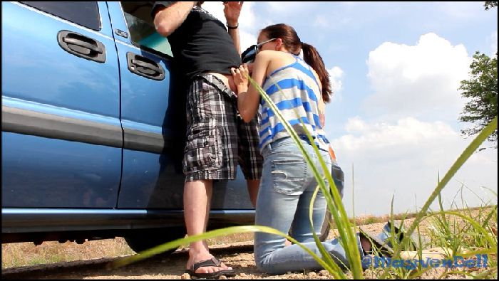 FuckingMILFmay – Public Roadside Suck and Fuck Teaser (manyvids.com)