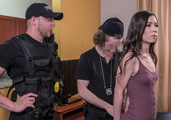 Ariel Grace – Operation Escort (2017/OperationEscort.com/FetishNetwork.com/HD)