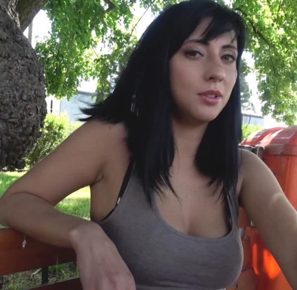 Sherry Vine – Sweet ass babe fucked against fence (PublicAgent.com/FakeHub.com/2018/FullHD)