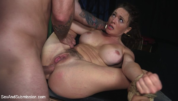 Krissy Lynn – Anal Officer (2018/SexAndSubmission.com/Kink.com/SD)