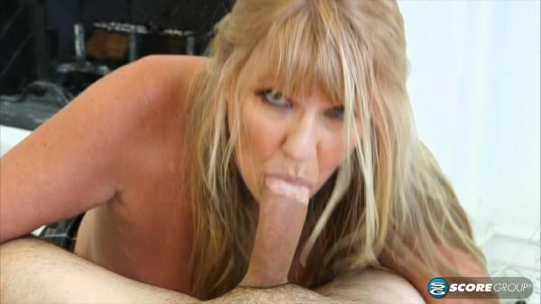 Mia Magnusson – Mia Magnussons hands-on sex lesson (2018/PornMegaLoad.com/60PlusMilfs.com/FullHD)