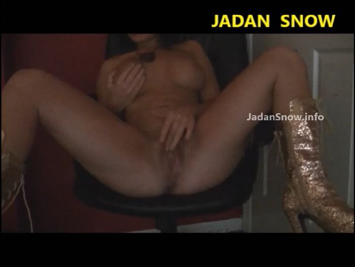 jadan-snow-gold-boot-solo-2018-09-09 jtTnQM Preview