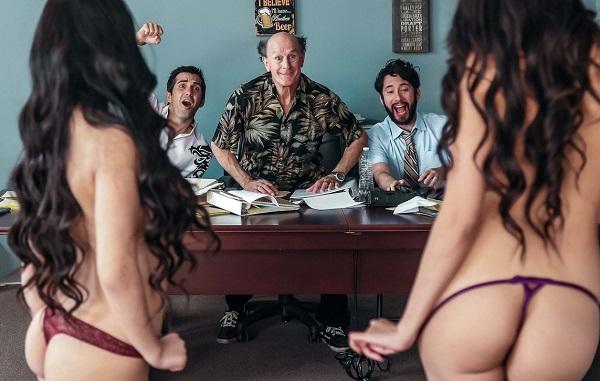 Brenna Sparks, Jade Kush – The Gang Makes a Porno: A DP XXX Parody Episode 2 (2018/DigitalPlayground.comFullHD)